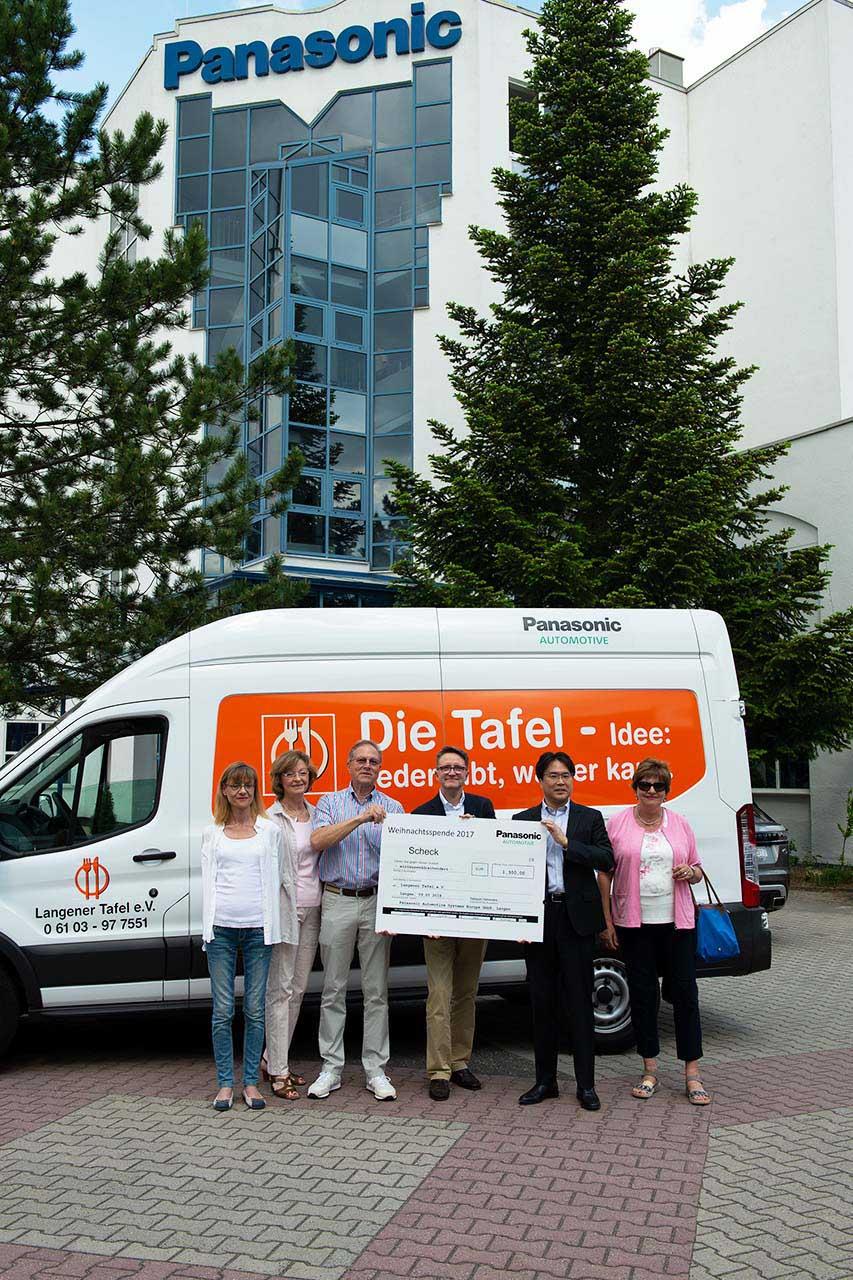 langener-tafel-spende-panasonic-automotive-langen-germany-charity-2018-011-web