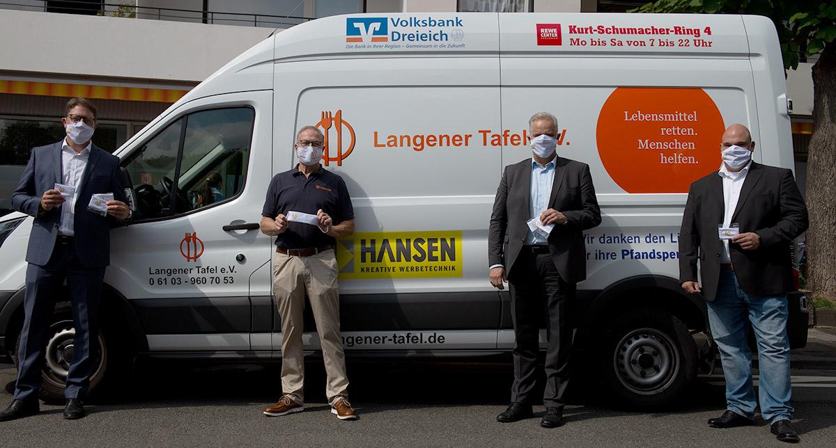 langener-tafel-dvag-deutsche-vermogensberatung-spende-schutzmasken-02-web