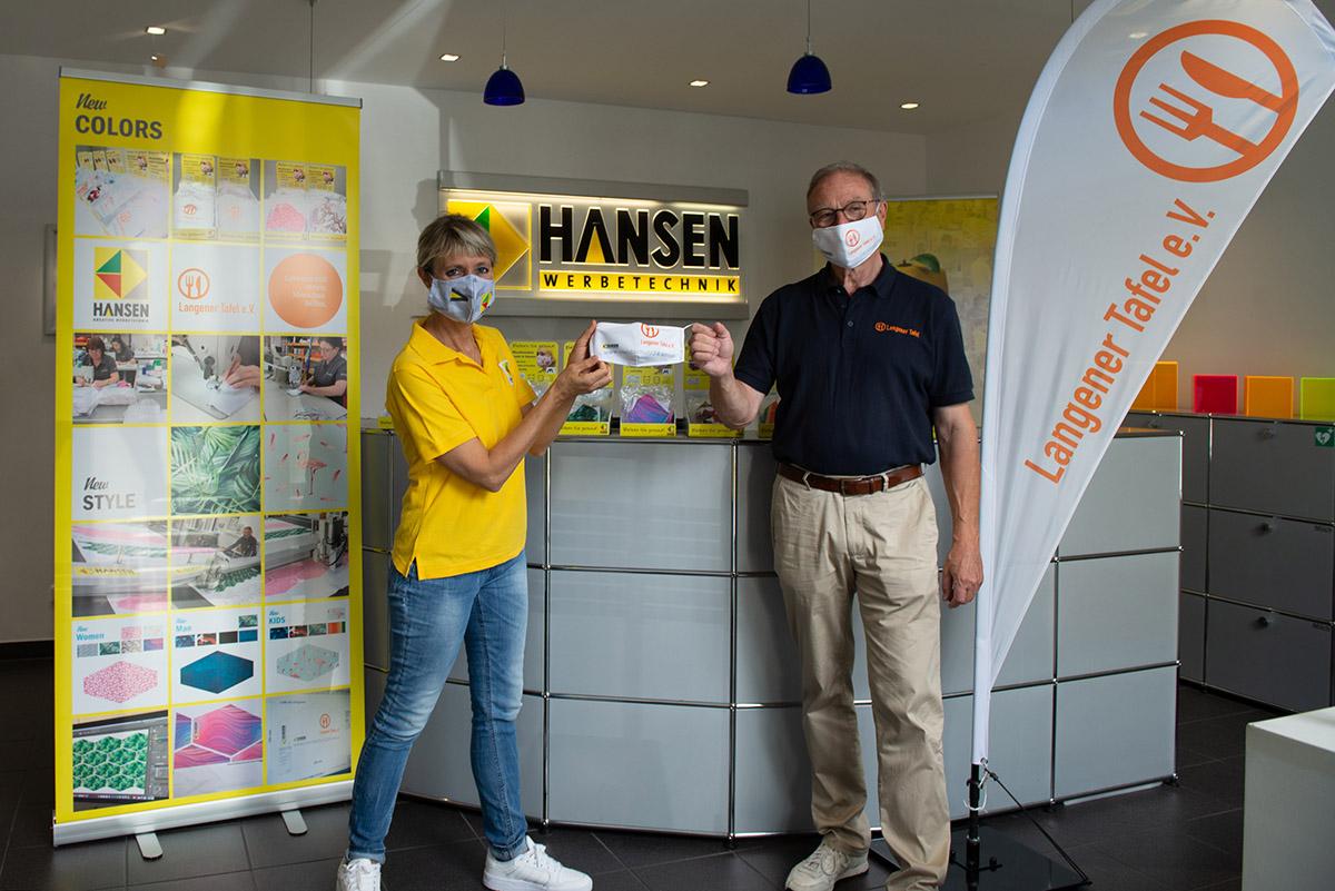 langener-tafel-hansen-werbetechnik-spende-schutzmasken-2020-07-web