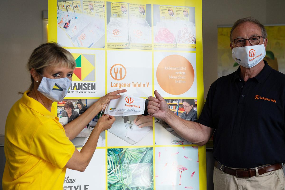 langener-tafel-hansen-werbetechnik-spende-schutzmasken-2020-09-web