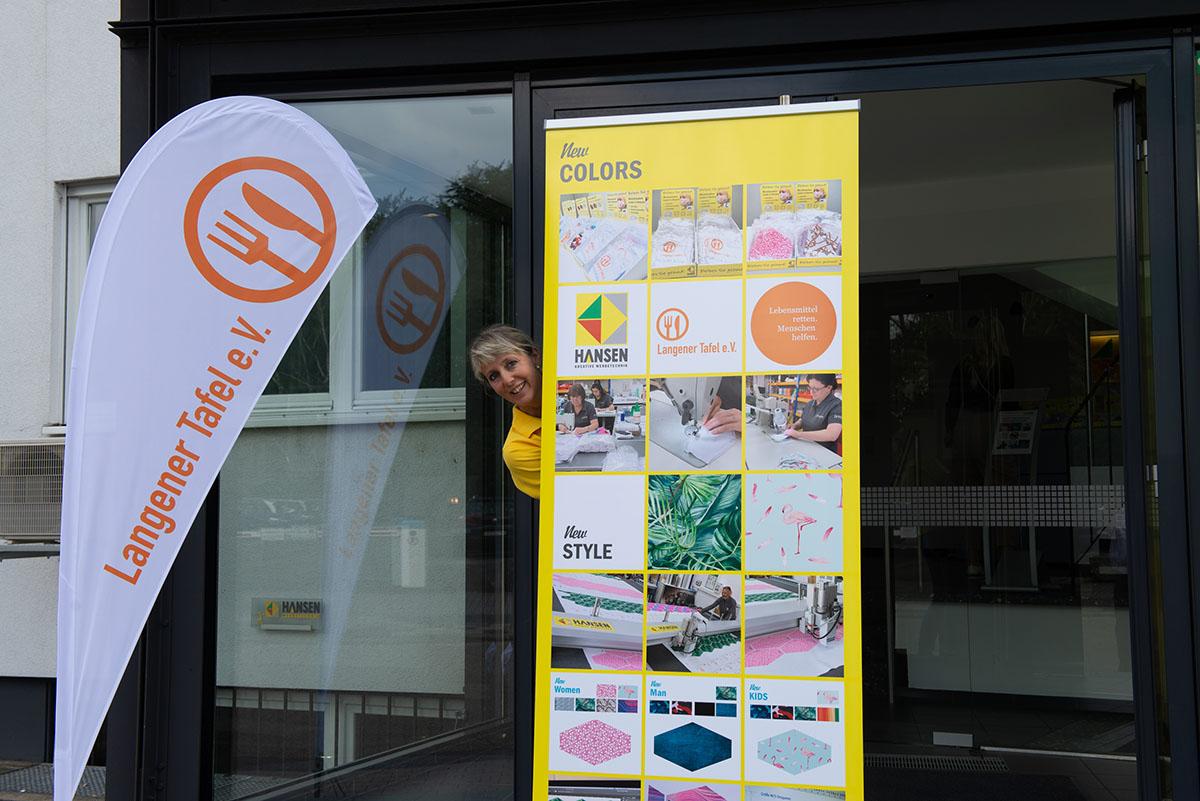 langener-tafel-hansen-werbetechnik-spende-schutzmasken-2020-14-web