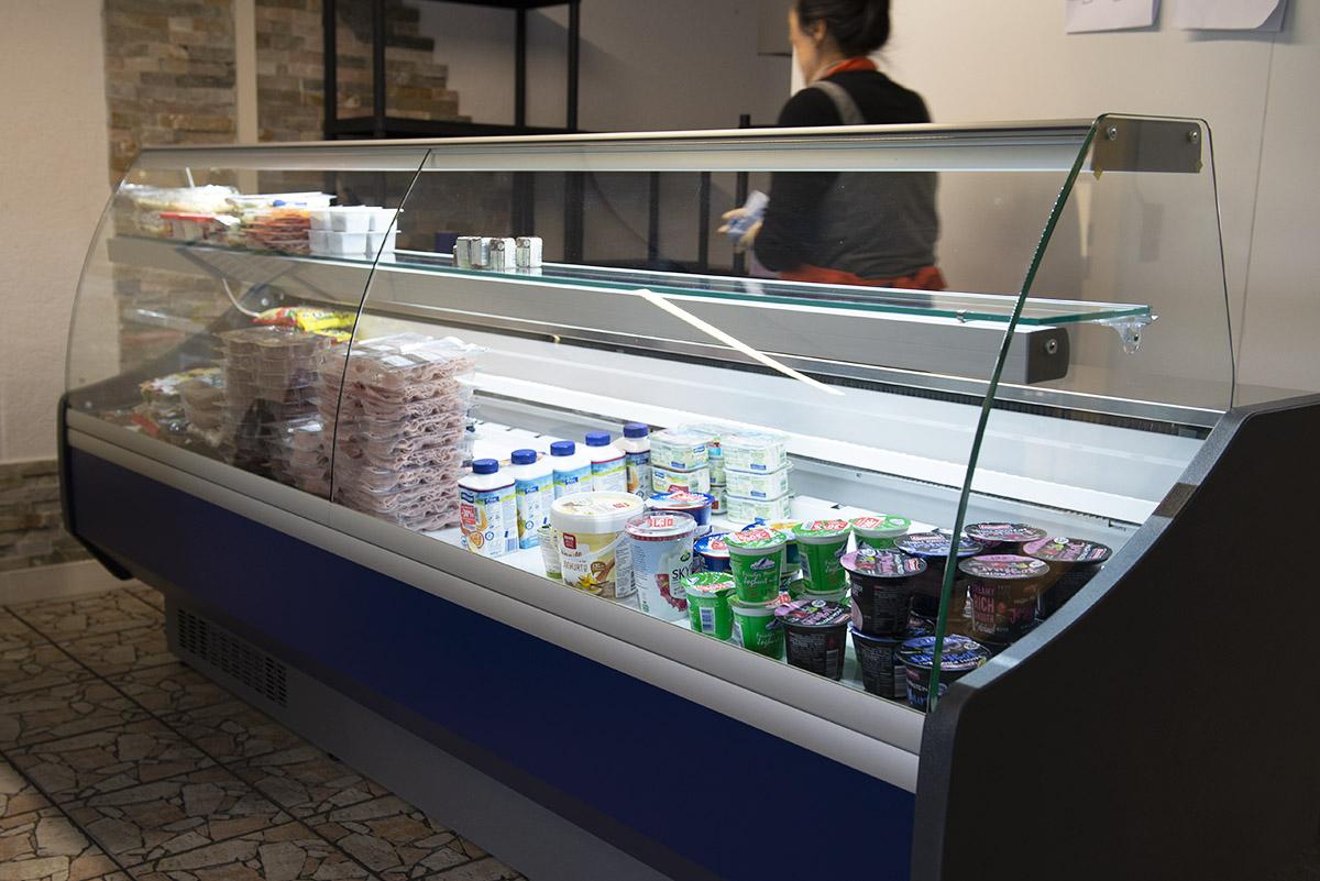 langener-tafel-kuehltheke-lebensmittel-kuehlen-hygiene-energie-2019-02