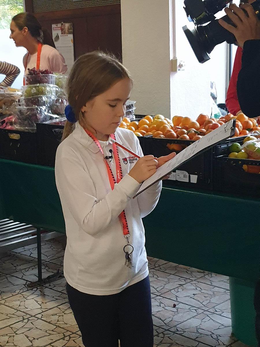 strothoff-international-school-visiting-langener-tafel-hr-fernsehen-04