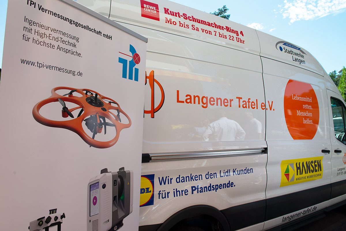 langener-tafel-tpi-vermessungsgesellschaft-spende-jubilaeum-2020-03-web