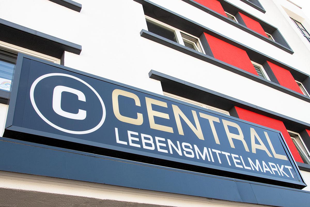 Langener Tafel Central Lebensmittelmarkt Superbeef Caner Kocak Egelsbach Langen Spende