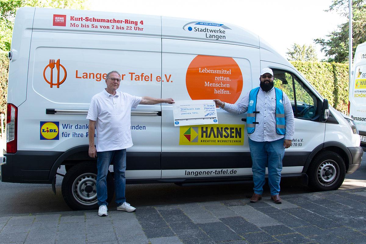 langener-tafel-humanity-first-spende-ehrenamt-einkaufsgutscheine-01-web