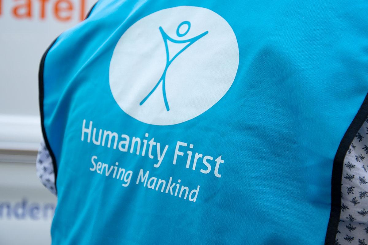langener-tafel-humanity-first-spende-ehrenamt-einkaufsgutscheine-04-web
