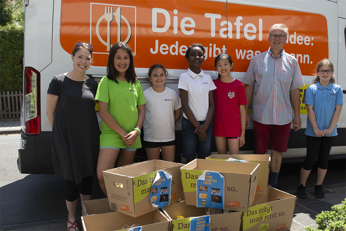 Langener Tafel Strothoff International School Dreieich Food Donation Project