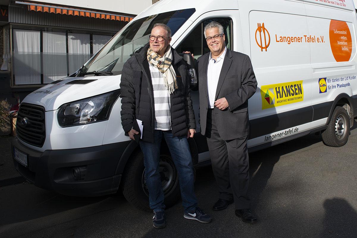 Langener Tafel Besuch 1. Stadtrat Stefan Löbig